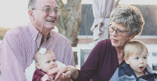 Pourquoi les grands-parents sont importants pour les petits-enfants ?