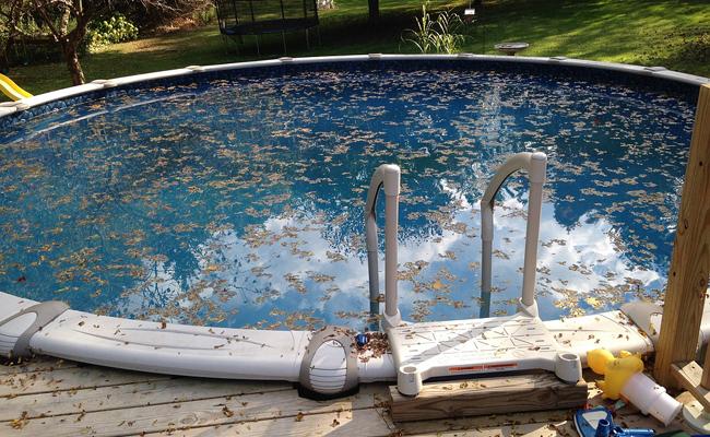Entretenir et nettoyer sa piscine est une obligation