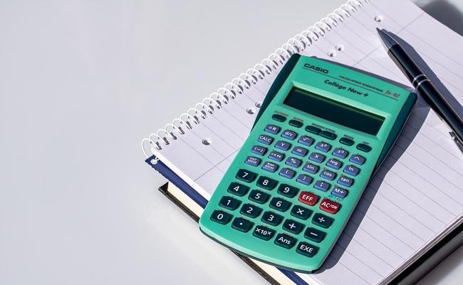 Comment choisir sa calculatrice pour la rentrée au collège ?